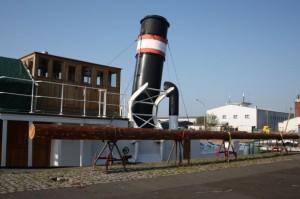 welle-mit-neuen-roh-Mast-2